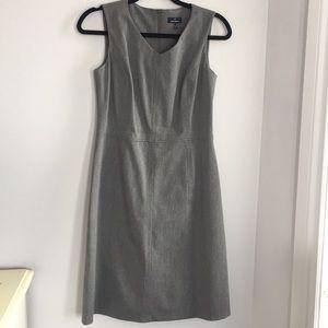Daniel Hechter   sleeveless, v-neck dress, grey, 8